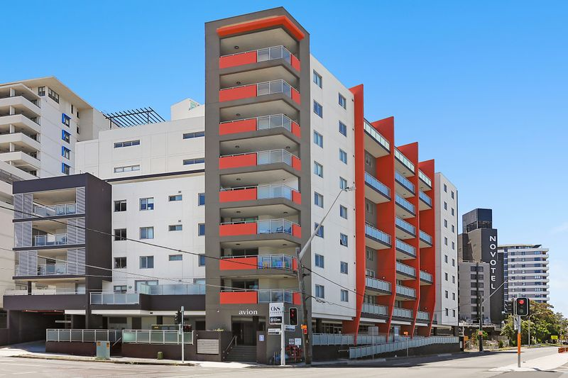 801/26-32 Marsh Street, WOLLI CREEK NSW 2205-1