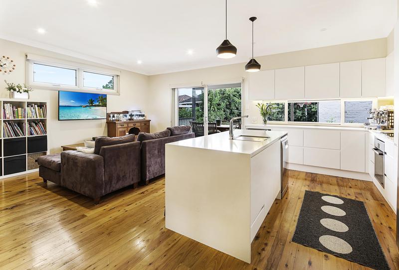 2 Magney Avenue, Regents Park NSW 2143-1