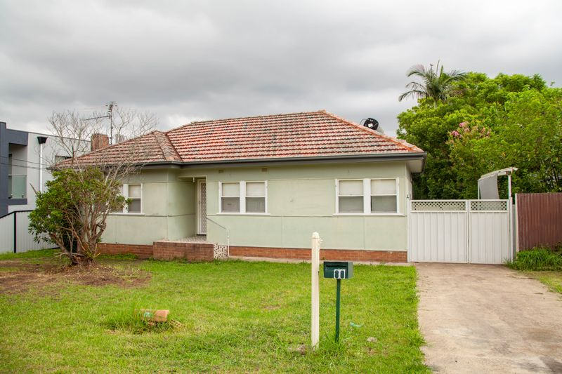 80 Simmat Avenue, Condell Park NSW 2200-1