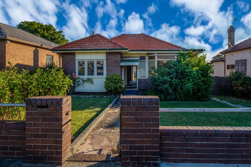 196 Concord Road, Concord West NSW 2138-1