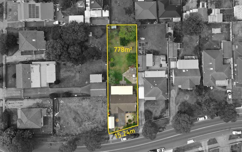 1 Rawson Road, Greenacre NSW 2190-1