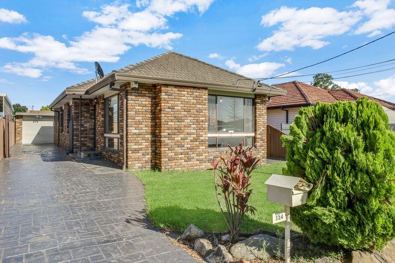 154 Woods Road, Yagoona NSW 2199-1