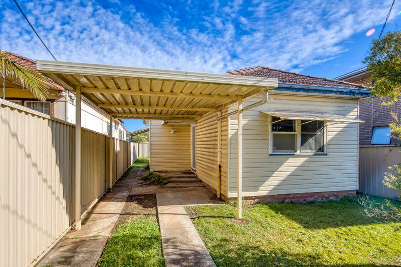 2a Fourth Avenue, Berala NSW 2141-1