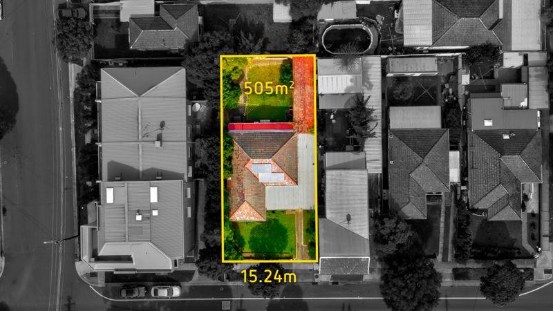 12 Hyde Park Road, Berala NSW 2141-1