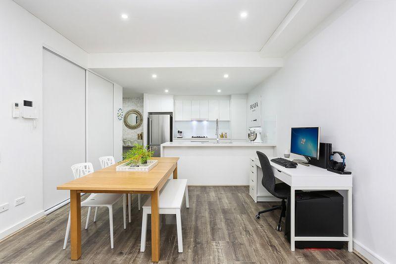 403/19 Wilson Street, Botany NSW 2019-1