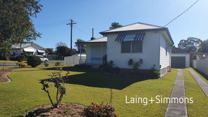 33 Milligan Street, TAREE NSW 2430-1