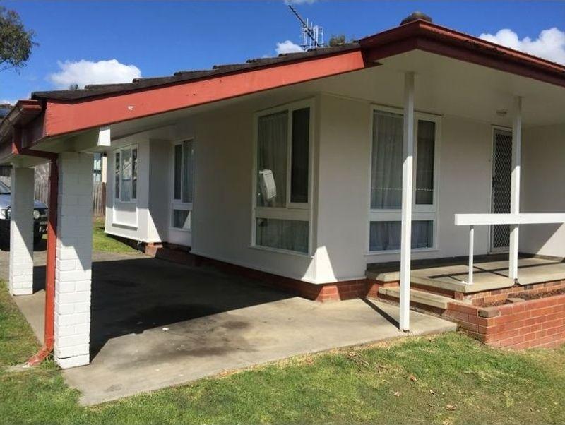 28 Warrina Close, TAREE NSW 2430-1