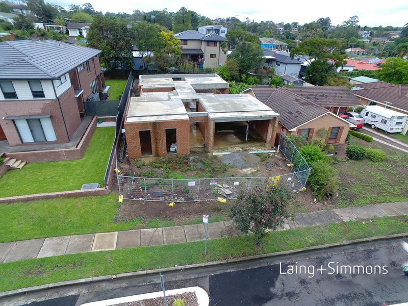 52 Caroline Chisholm Dr, Winston Hills NSW 2153-1