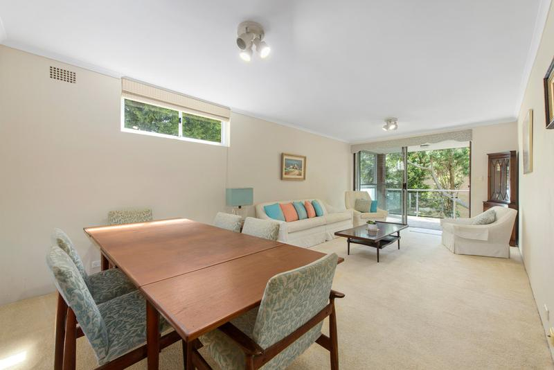24/745 – 7 Old South Head Road, Vaucluse NSW 2030-1