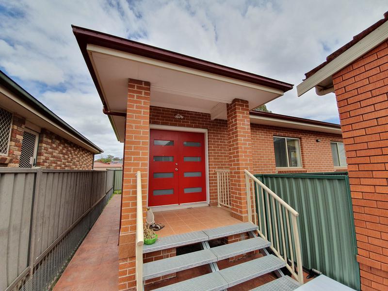 16GF Edensor Road, Cabramatta West NSW 2166-1