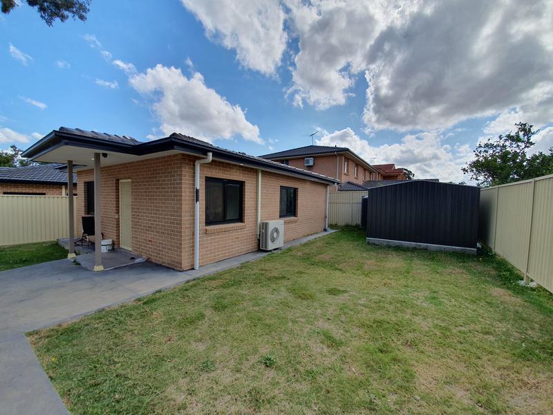 23A- Myddleton Avenue, Fairfield NSW 2165-1