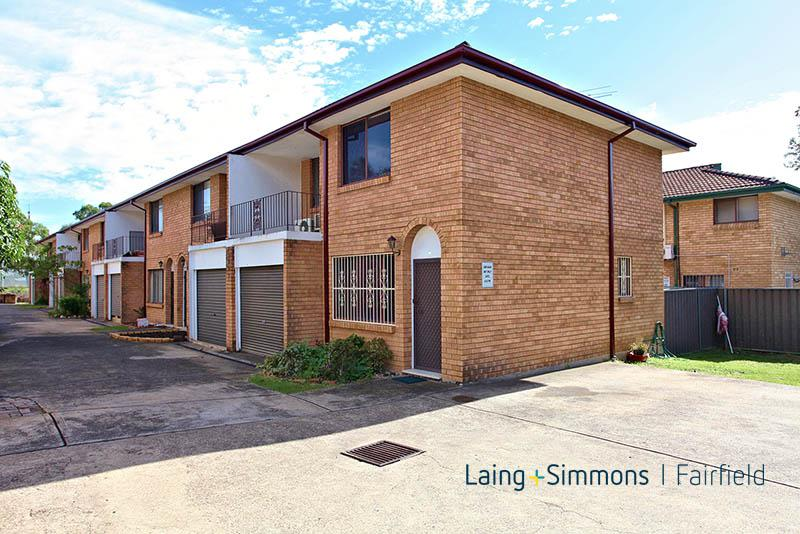 8/108 WATTLE AVE, Carramar NSW 2163-1