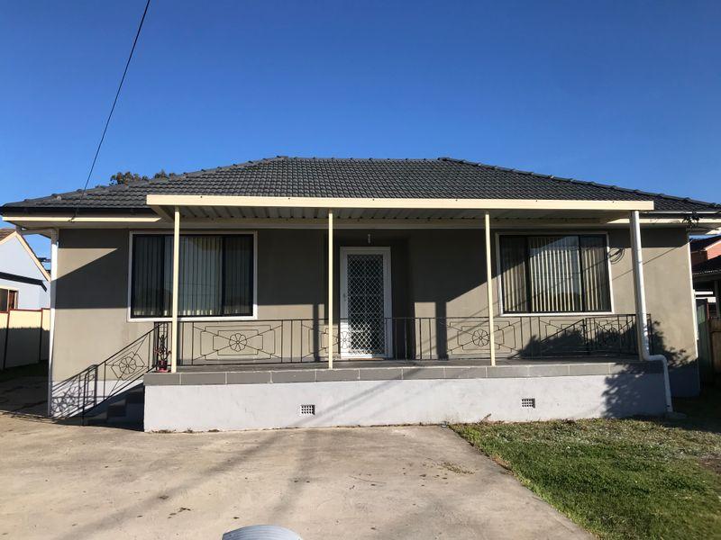 19 RICHARDSON ST, Fairfield NSW 2165-1