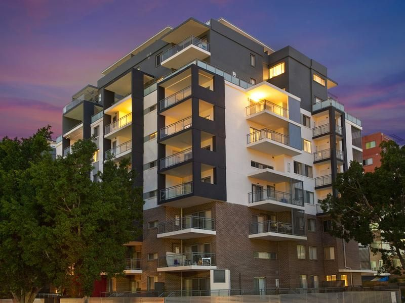 99/24 Lachlan St, Liverpool NSW 2170-1