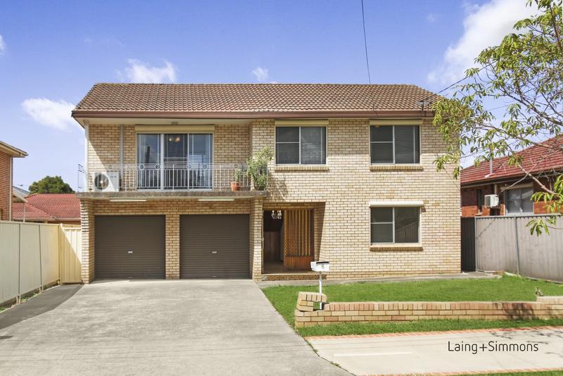 6 Peel Street, Canley Heights NSW 2166-1