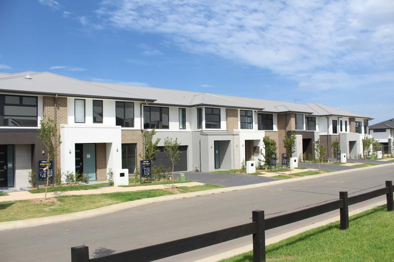 Lot 122 McNeil Circuit, Oran Park NSW 2570-1