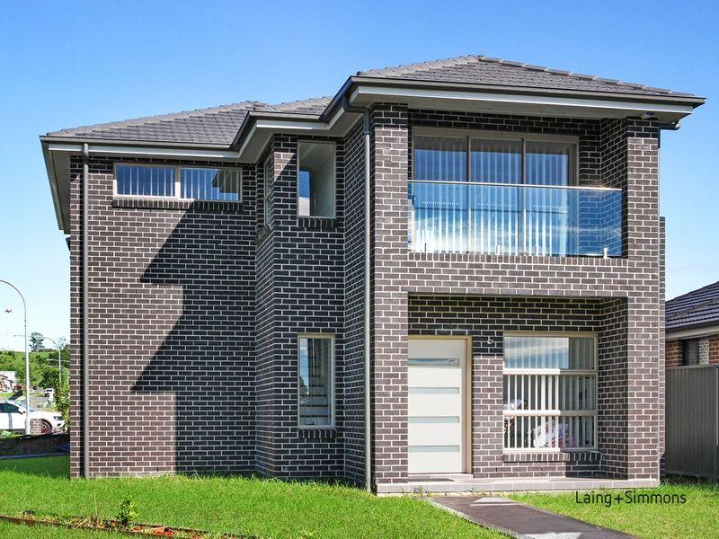 9 Irving Tce, Middleton Grange NSW 2171-1