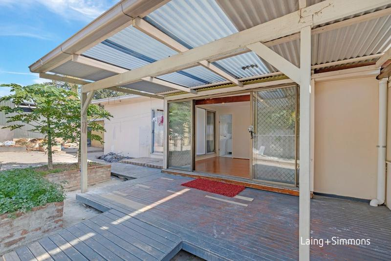 20a Carnation Avenue, Guildford NSW 2161-1