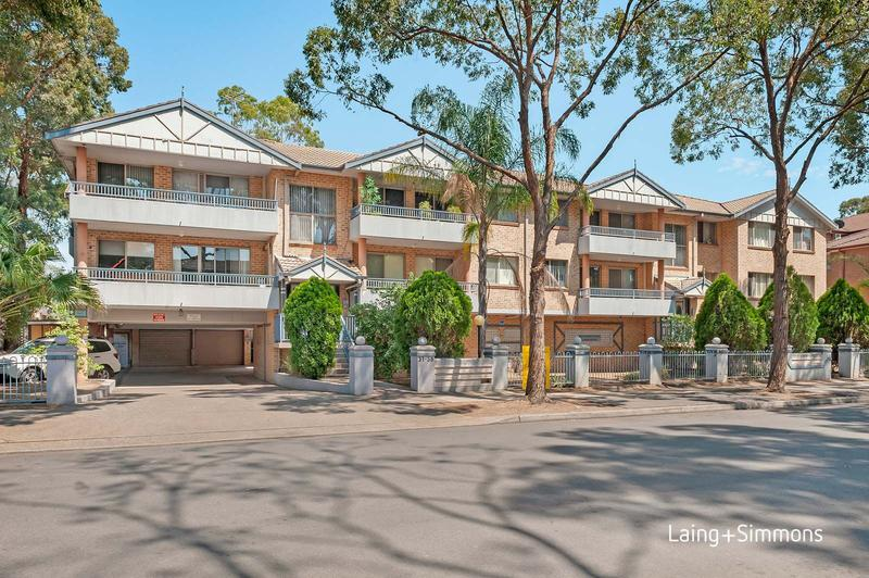 12/31 Oxford Street, Merrylands NSW 2160-1