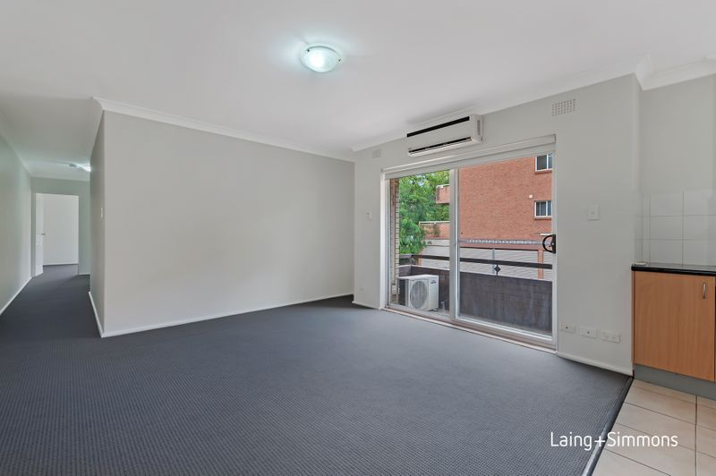 4/11-13 Crown St, Granville NSW 2142-1