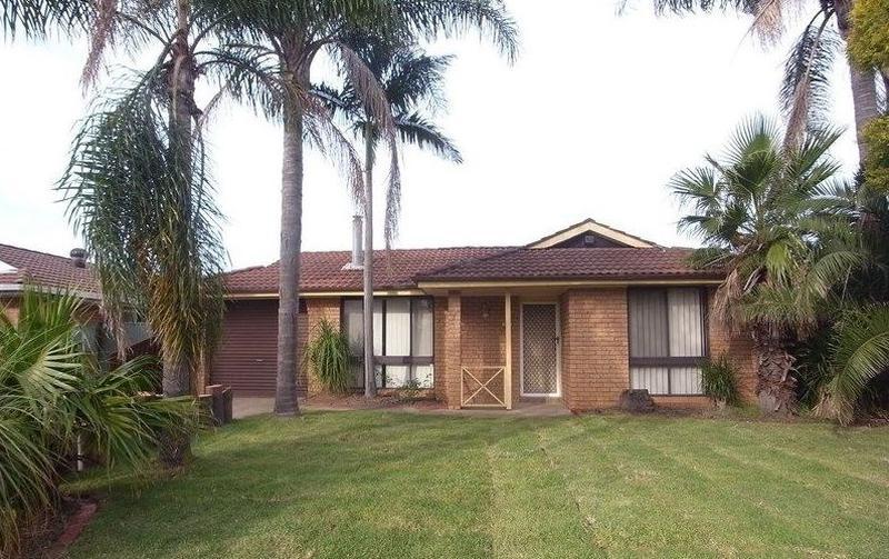 3 Gersham Grove, Oakhurst NSW 2761-1