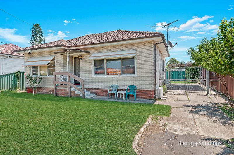 300 Clyde Street, Granville NSW 2142-1