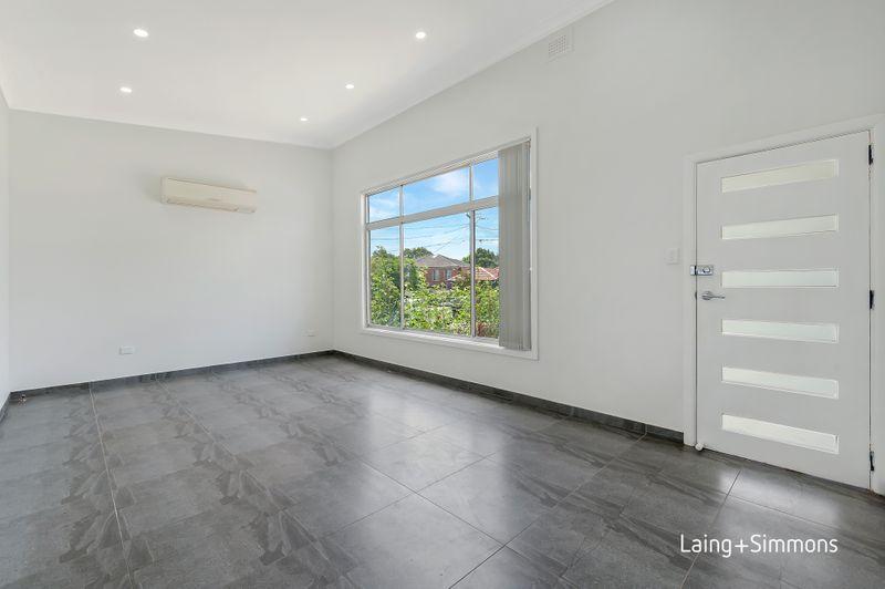 10 Waratah Street, Guildford NSW 2161-1