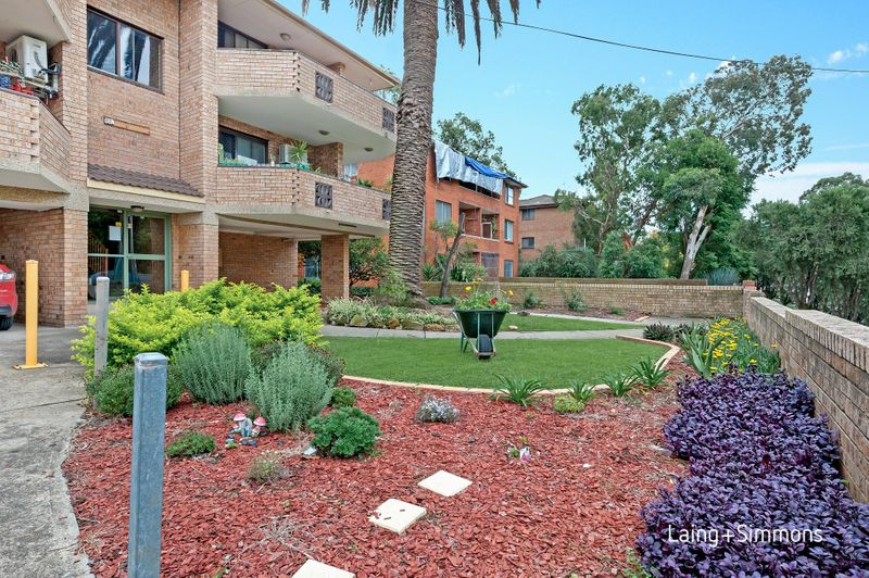 12/52 The Trongate, Granville NSW 2142-1