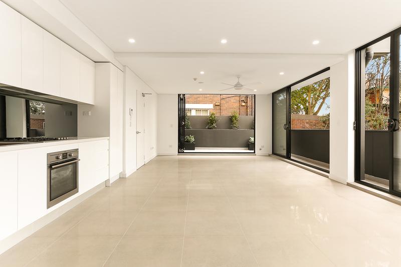 2/19A Boronia Street, Kensington NSW 2033-1