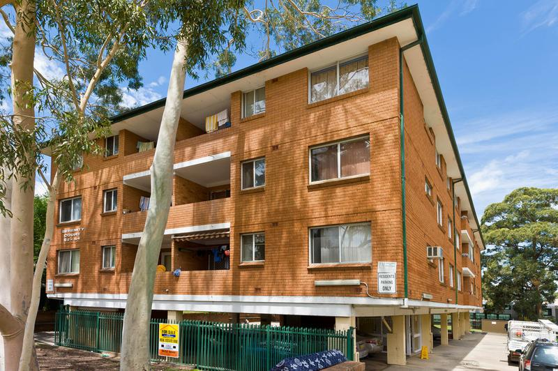 7/52 Speed Street, Liverpool NSW 2170-1