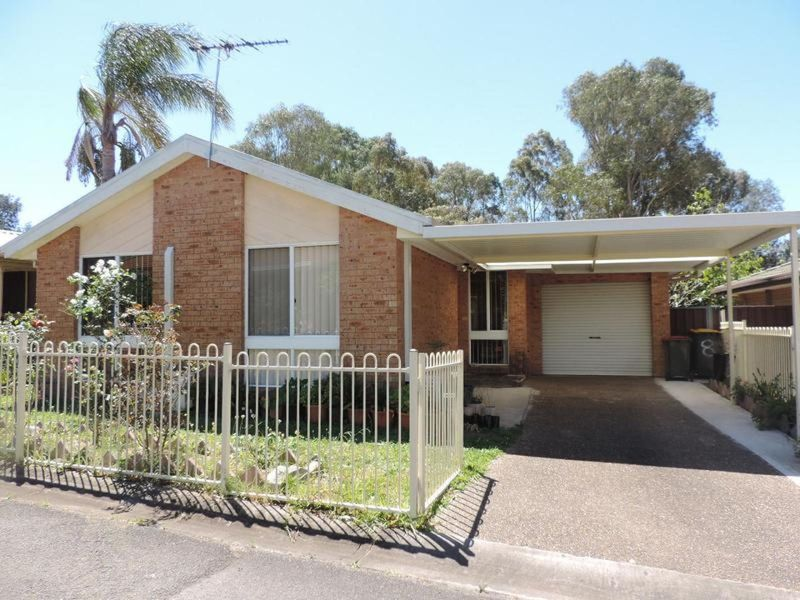 8/31 Perigee Close, Doonside NSW 2767-1