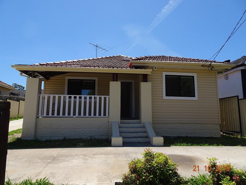 19 Hawksview Street, Guildford NSW 2161-1