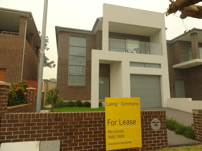 41A macquarie Street, Greenacre NSW 2190-1