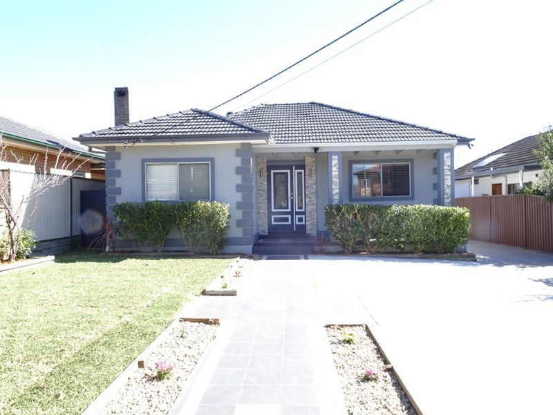 12 Badger Avenue, Sefton NSW 2162-1