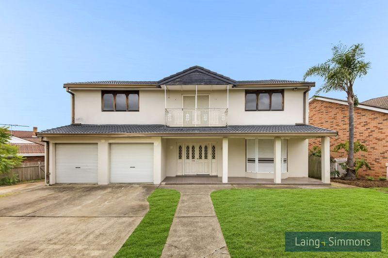 36 Tallowood Crescent, Bossley Park NSW 2176-1
