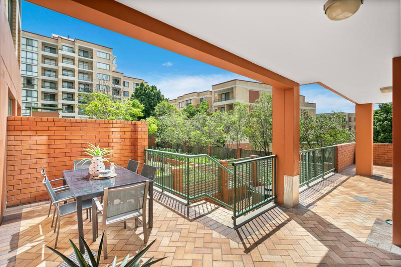 2/25-27 Kiora Road, Miranda NSW 2228-1