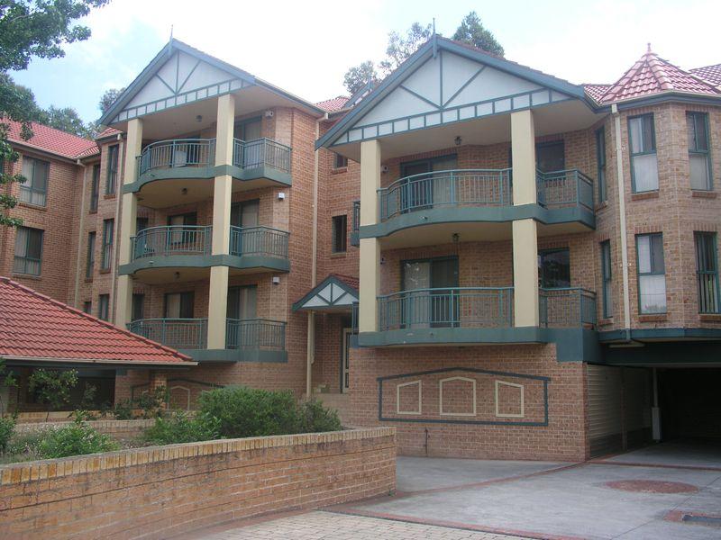 13/1-5 Pye Street, Westmead NSW 2145-1