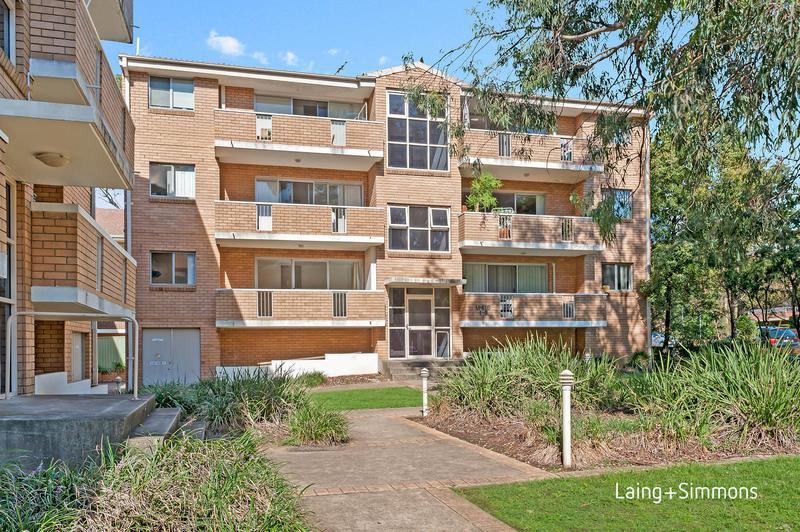 1A/10-12 Thomas Street, Parramatta NSW 2150-1