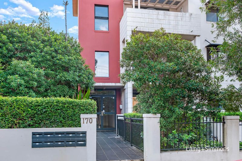 5/170 Bridge Road, Westmead NSW 2145-1