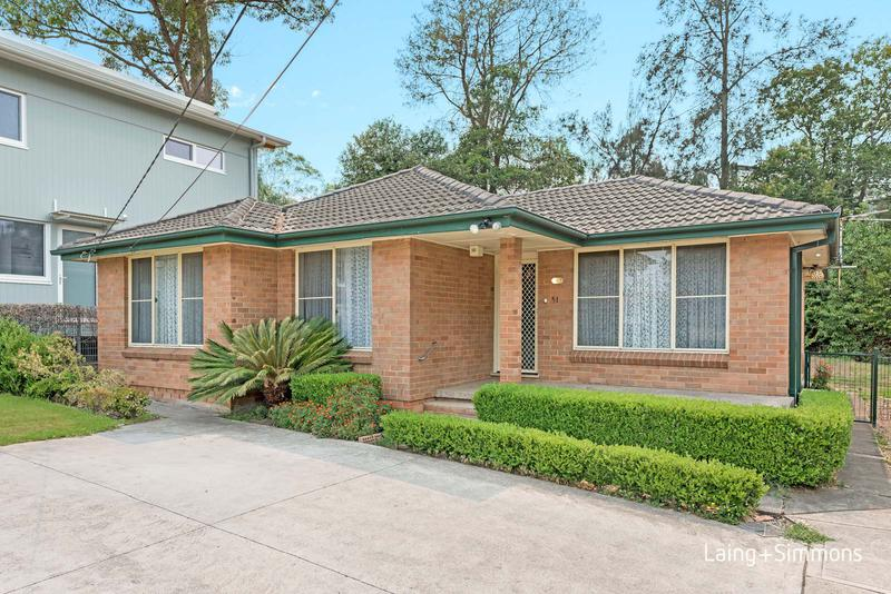 51 The Esplanade, Thornleigh NSW 2120-1