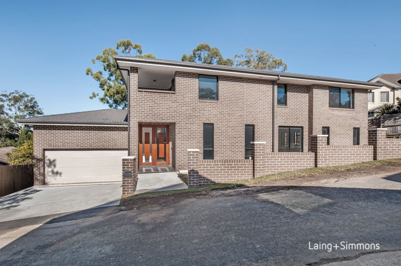 10 Charlotte Lane, Pennant Hills NSW 2120-1