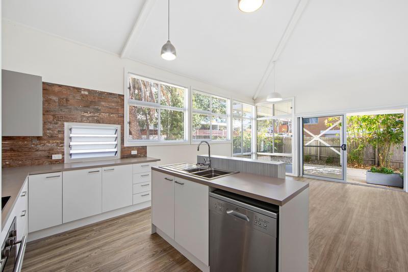 2/98 William Street, Port Macquarie NSW 2444-1