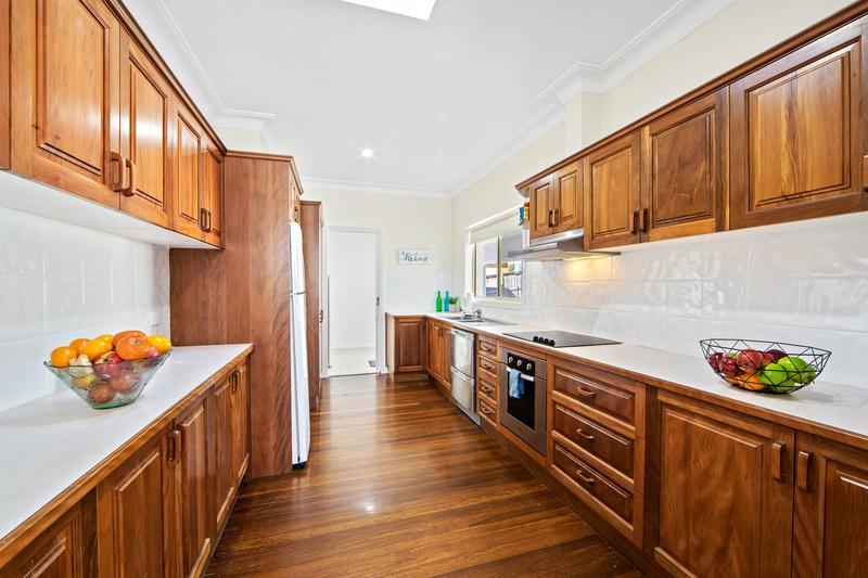6 Arakoon Avenue, Port Macquarie NSW 2444-1
