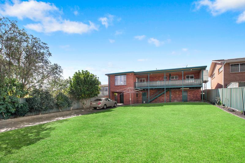 37 Clifton Drive, Port Macquarie NSW 2444-1