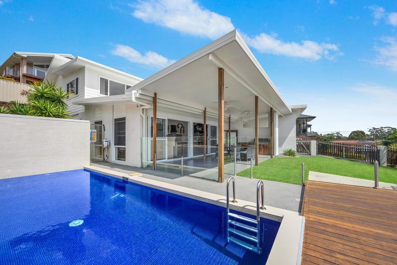 5 Halleys Court, Port Macquarie NSW 2444-1