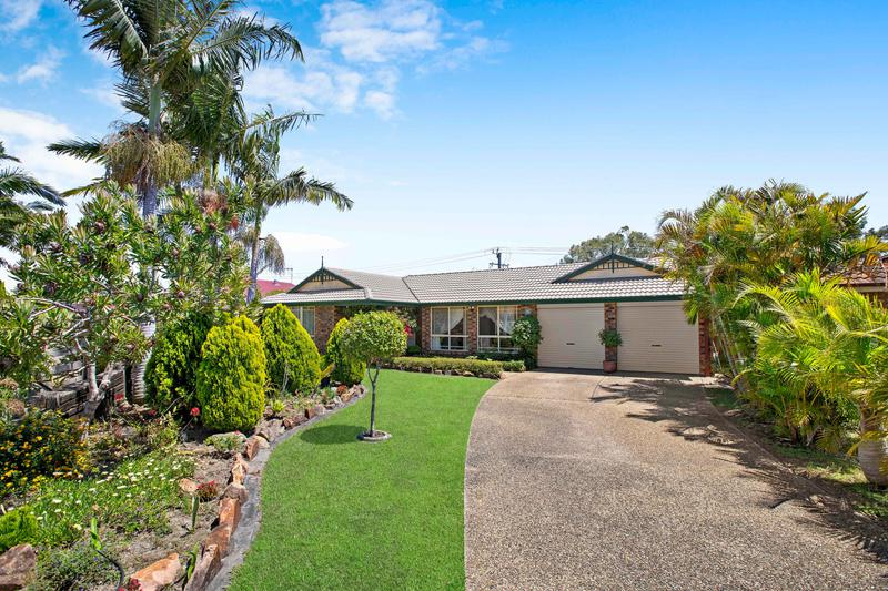 16 Newmarket Grove, Port Macquarie NSW 2444-1
