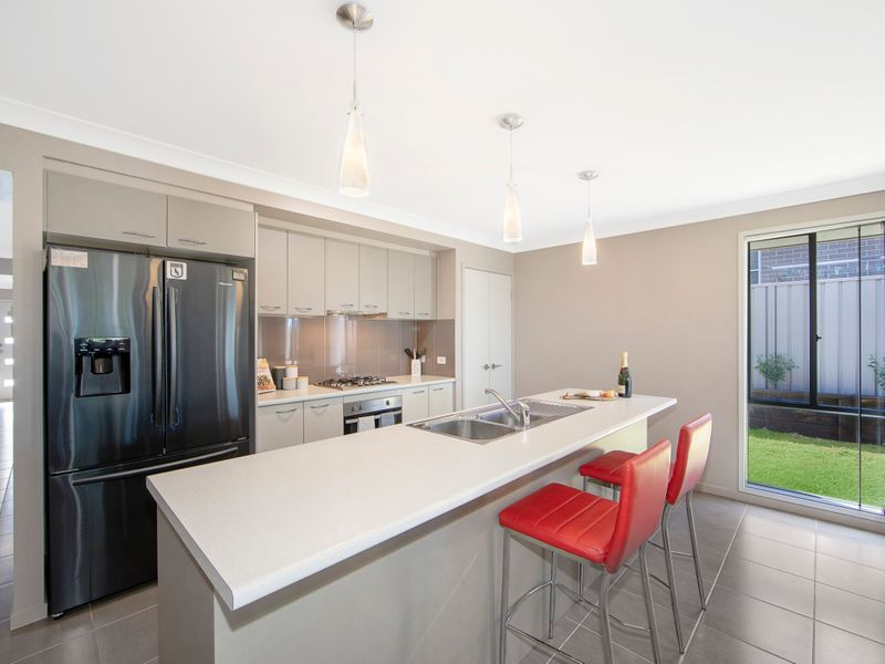 11 Syd Hopkins Terrace, Port Macquarie NSW 2444-1