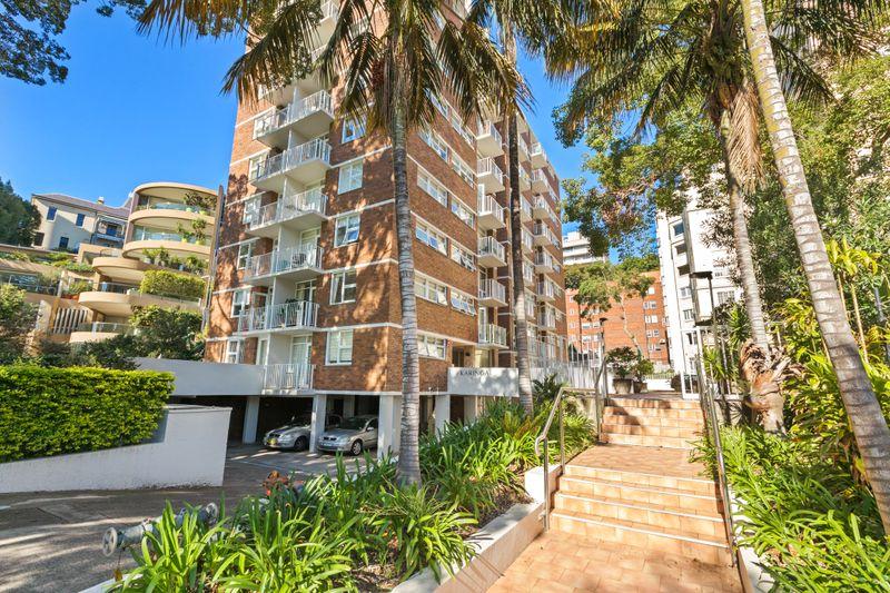 74/5-7 Esplanade, Elizabeth Bay NSW 2011-1