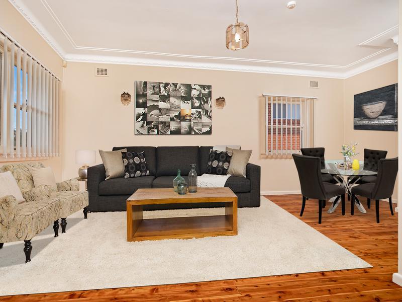 32 Macklin Street, Pendle Hill NSW 2145-1