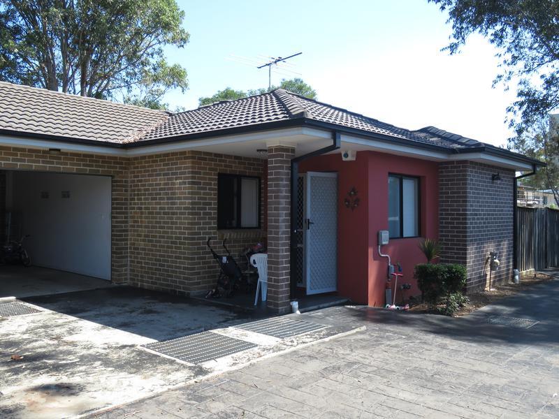 5/28 Girraween Road, Girraween NSW 2145-1